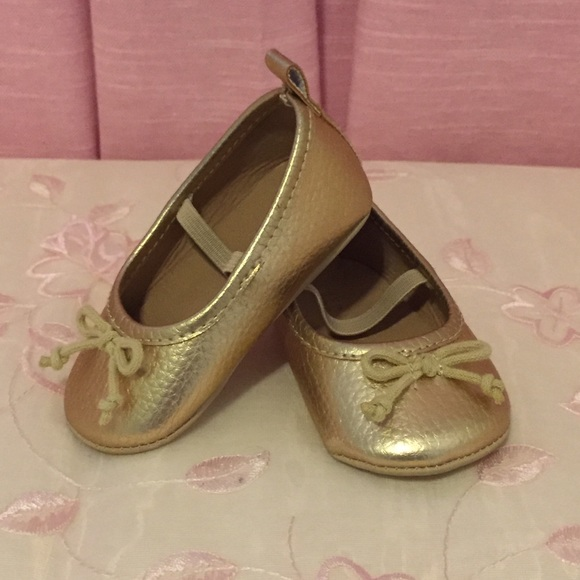Old Navy Gold Baby Girl Ballet Flats